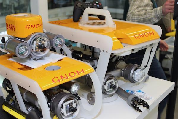 Робот GNOM